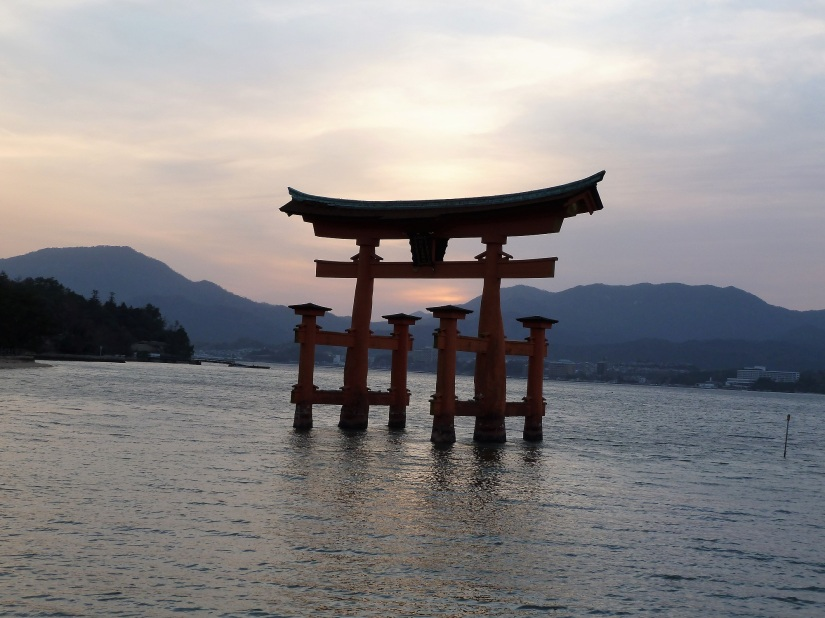 day-5-14-itsukushima-shrine-miyajima